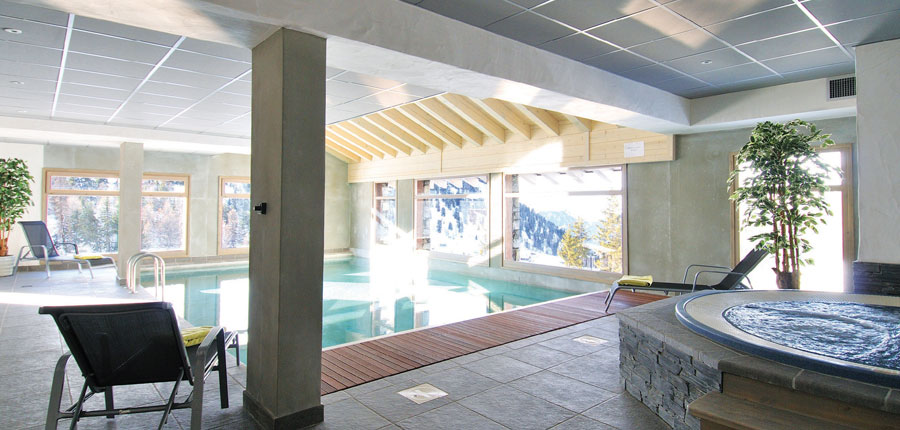 france_paradiski-ski-area_la-plagne_hotel_carline_indoor_pool2.jpg